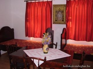 Hollókői vendégház, Abaújszántó