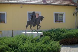 II. Rákóczi Ferenc szobra